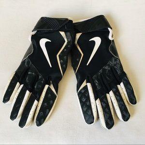Nike football gloves XL